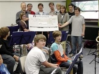 """2011 Spende 400,00 € an den Verein """"Viel-Harmonie im unteren Altmühltal e. V."""""""
